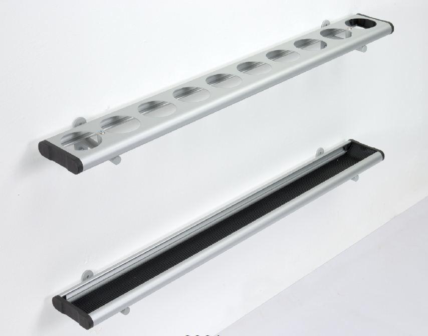 Reihenschirmständer zur Befestigung an der Wand Aluminiumovalprofile, farblos eloxiert oder nach RAL lackiert.