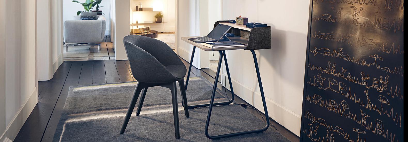 Sedus secretair home. Konfigurieren Sie ihren kompakten und platzsparenden Arbeitstisch fürs Home-Office bei office & objekt 42.